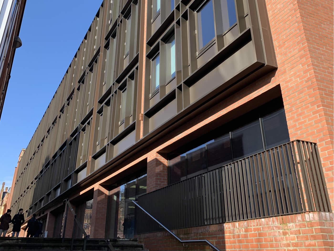 Queen's University Law College
